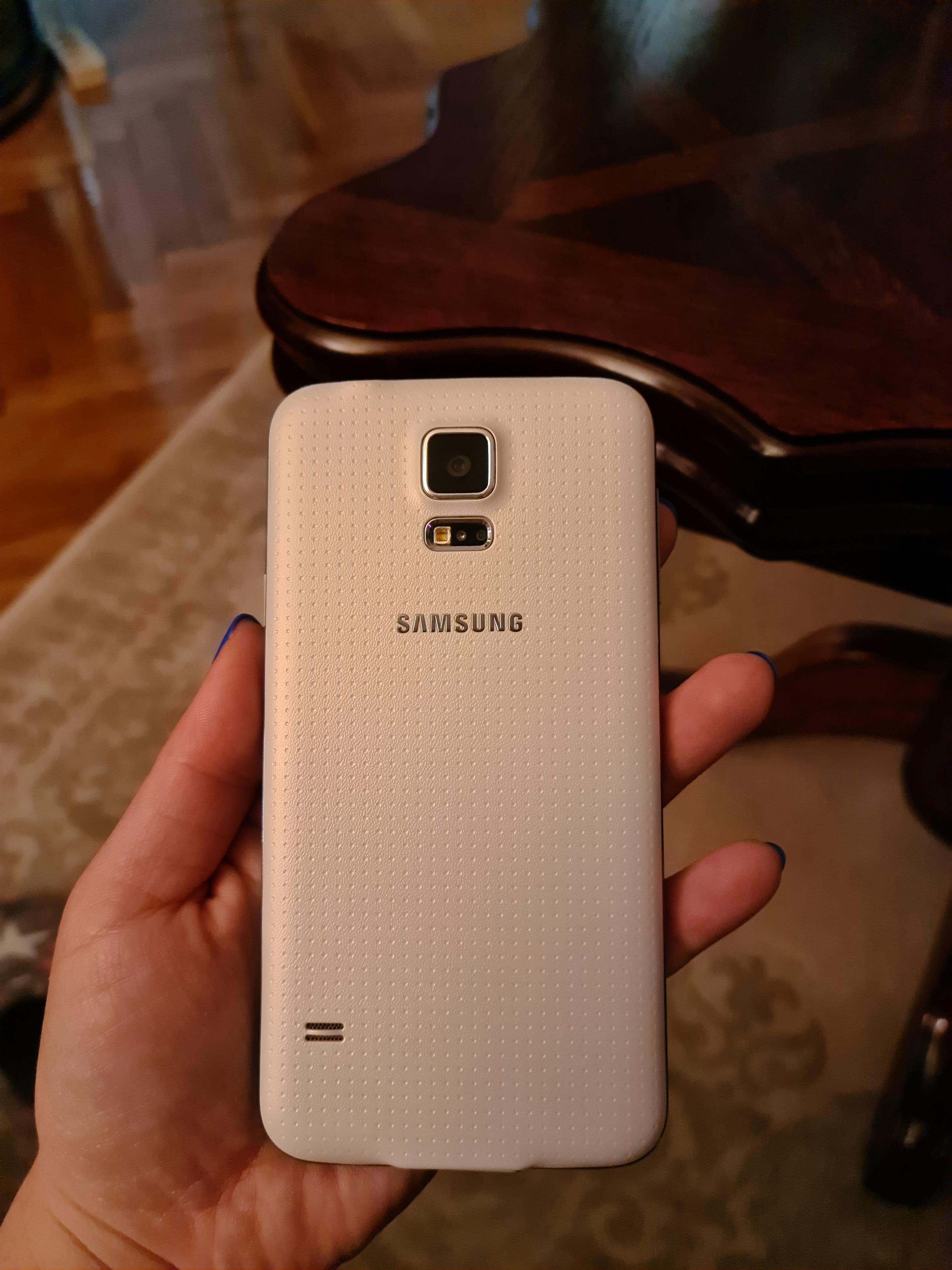 Samsung galaxy S5 slika 4
